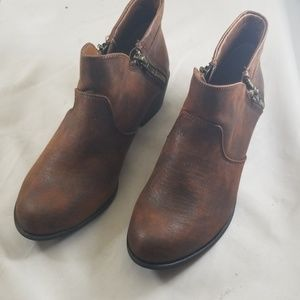 American Rag 6M Abby Ankle Booties